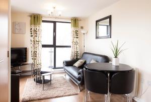 Cheltenham Plaza Apartments, Apartmány  Cheltenham - big - 16