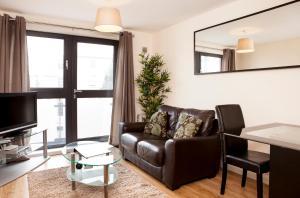 Cheltenham Plaza Apartments, Apartmány  Cheltenham - big - 14