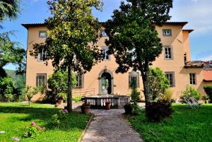 Villa Gherardi - B&B e Hostel