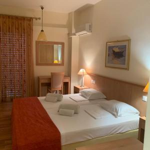 Saronis Hotel Argolida Greece