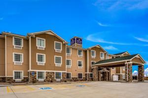 Cobblestone Hotel & Suites - Cozad