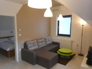 Apartment Knap