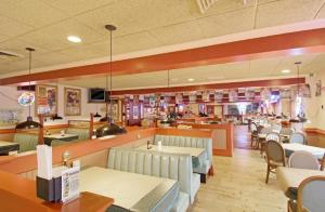 Americas Best Value Inn Sandusky, Отели  Сандаски - big - 13