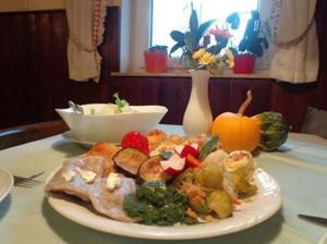 Bed and Breakfast Mili Vrh, Bed and Breakfasts  Kamnik - big - 18