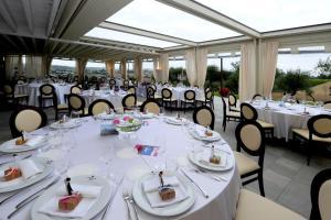 Hotel Ristorante Cantina Langelina - Рипе
