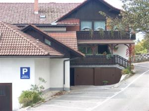 Bed and Breakfast Mili Vrh, Bed and Breakfasts  Kamnik - big - 16