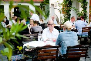 Schreiners Essen und Wohnen, Hotely  Vídeň - big - 24