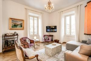 Luxury Apartment with a view - abcRoma.com