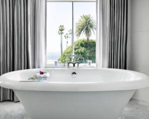 Hotel Shangri-La, Santa Monica (35 of 46)