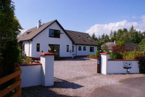 Accommodation in East Renfrewshire Council