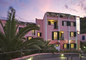 Hotel Antares on the Beach - AbcAlberghi.com