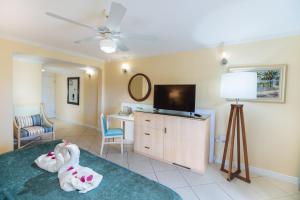 Bay Gardens Beach Resort (8 of 146)