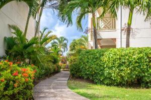 Bay Gardens Beach Resort (5 of 146)