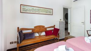 Plum Guide Casa Donatella