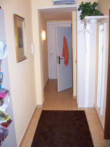 DARZ GästeZimmer, Guest houses  Hamburg - big - 7