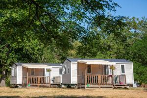 Location gîte, chambres d'hotes Camping de l'île dans le département Cher 18