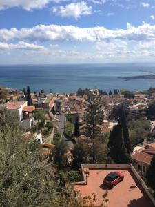 Villa Greta Hotel Rooms & Suites, Hotels  Taormina - big - 71