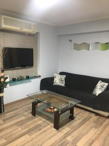 Apartment with garden