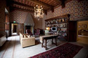 Castello Delle Serre, Bed and breakfasts  Rapolano Terme - big - 40