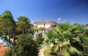 Mare Azzurro, Apartmánové hotely  Cardedu - big - 63
