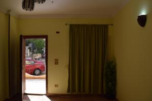 apartment with separate entrance near Arabia hotel