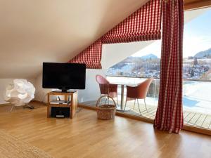 Bergzeit Ferienwohnungen - Apartment - Oberstdorf