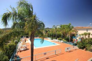 Mare Azzurro, Apartmánové hotely  Cardedu - big - 157