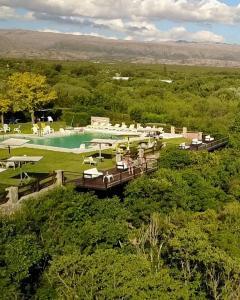 Balcón del Río, Hotel de Campo y Cabañas