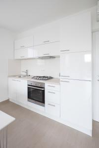 Apartments Lofiel, Ferienwohnungen  Novalja - big - 136