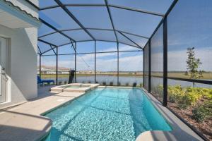 obrázek - Storey Lake- 5 Bedroom Pool Home- 1661ST