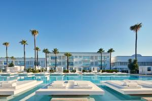 Atlantica So White Club Resort..