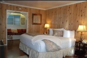 Carmel Garden Inn, Bed & Breakfast  Carmel - big - 5