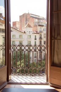 Gaudi Apartment 1