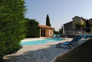 Accommodation in Le Crestet