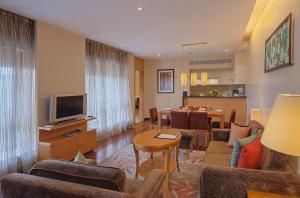 Oakwood Residence Naylor Road Pune, Apartmanhotelek  Púna - big - 5