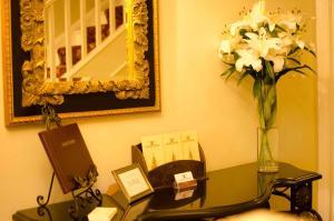 Charles Cotton Hotel