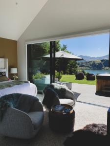 Lake Hayes Suite