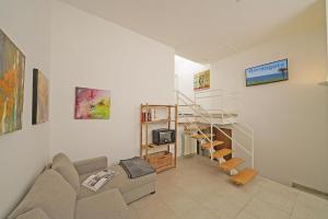 Gardagate - Loft Penisola - AbcAlberghi.com