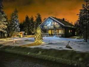 Holiday Home Luoston väärtin kammi - Hotel - Luosto