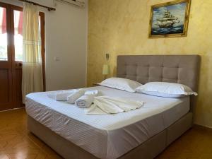 Molla Hotel Restorant