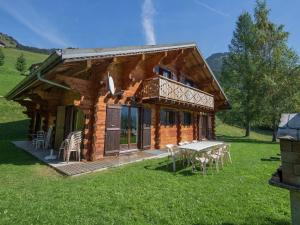 Location gîte, chambres d'hotes Spacious Chalet in Chatel France with Sauna dans le département Haute Savoie 74