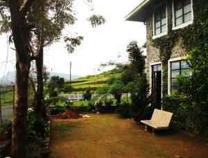 Gal Bangalawa - Rock Bungalow, Prázdninové domy - Nuwara Eliya