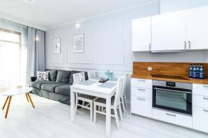 OneApartments Bright