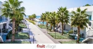 FRUIT VILLAGE Paestum Medea Beach Resort - AbcAlberghi.com
