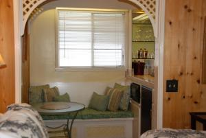 Carmel Garden Inn, Bed & Breakfast  Carmel - big - 38