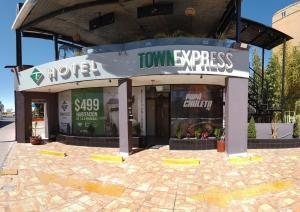 Hotel Town Express