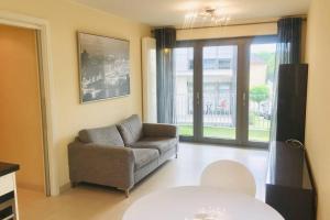 Entire apartment with indoor parking - Hotel - Strassen