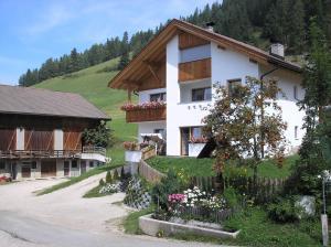 Agriturismo Tolpei - Hotel - La Valle