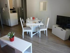 Appartement Ax-les-Thermes, 2 pièces, 4 personnes - FR-1-116-64 - Hotel - Ax les Thermes