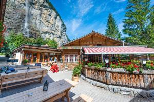 Camping Jungfrau - Hotel - Lauterbrunnen